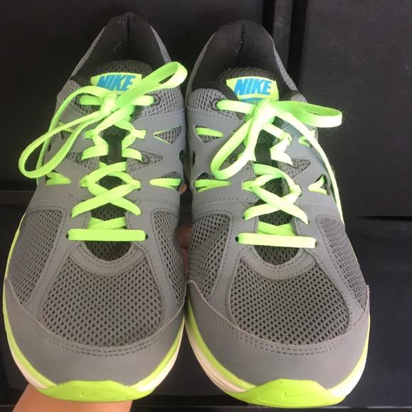 Men Nike Running Shoes